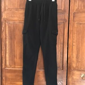 Pants - Women's sweat pants, black cargo